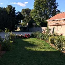 Le jardin de La Casa Pépita : gite pour 4
