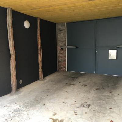 Porche d'entrée fermé et sécurisé